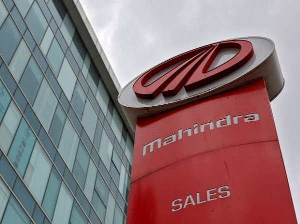M&M expects drop in production, sales at auto division over supply shortage