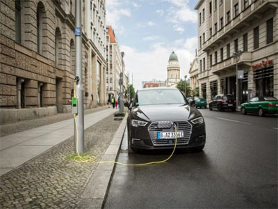 How street lamps could charge Electric Vehicles: Siemens invests in this start-up for EVs