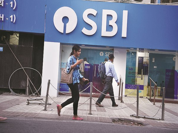 Second Covid-19 wave may last 100 days, peak in April-end: SBI report