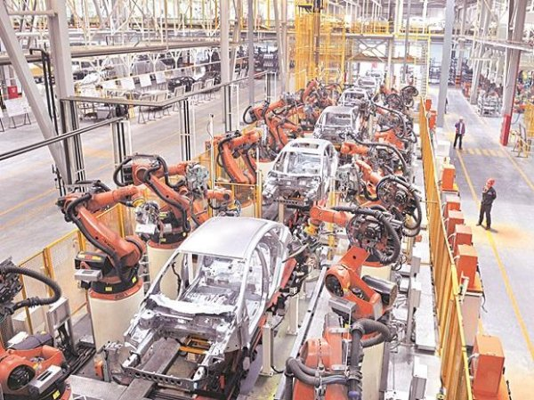 Auto shares in focus ahead of November sales; Tata Motors, TVS Motor up 5%