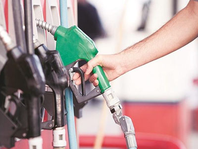 Markets extend gains as oil prices cool off; Indian Oil, HPCL stocks jump