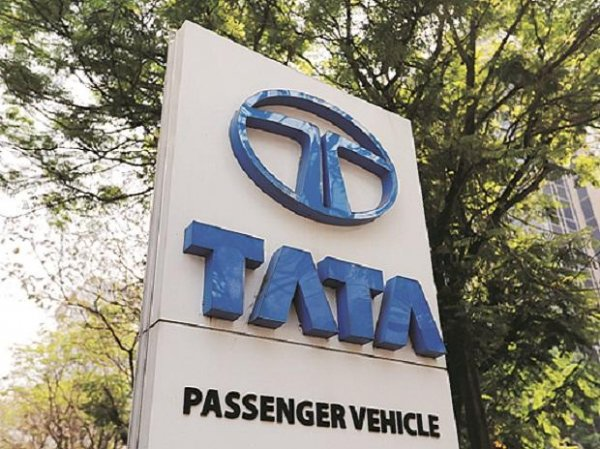 Tata Motors shareholders approve hiving off PV business into new entity